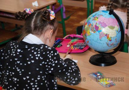 Штрафы для родителей за прогулы школьников пояснили в МОН