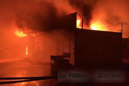 Подозреваемые в поджоге на рынке Арай в Караганде задержаны полицией