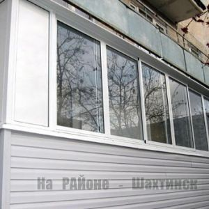 Оформление балкона - обшивка сайдингом, ПВХ, МДФ, панорамное остекление