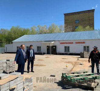 Аким Шахтинска посетил объекты по которым поступили жалобы.