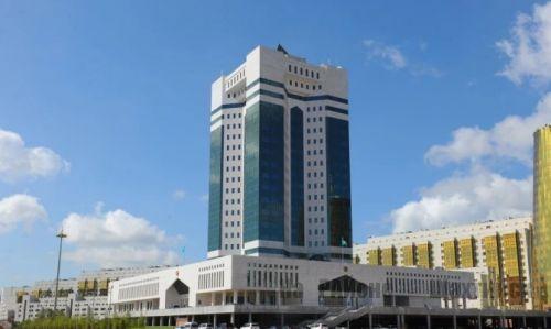 Депутаты просят правительство Казахстана остановить рост цен на продукты и услуги