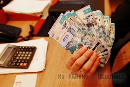 Почему казахстанцы берут кредиты под 1330%?