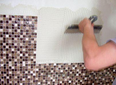 Инструкция по укладке мозаичной плитки на сетке.