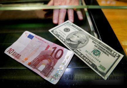В Казахстане запретили указывать цены в долларах, евро и рублях