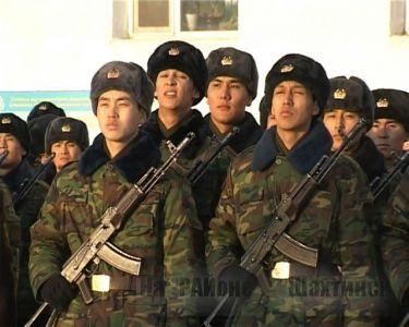Срок срочной воинской службы собираются продлить до двух лет