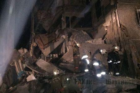 Обрушение подъезда жилого дома в Шахане