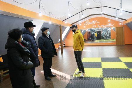 Аким города посетил новую школу современных танцев