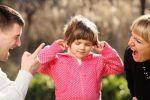 Для маленького ребенка родители – кумиры, которым он подражает.