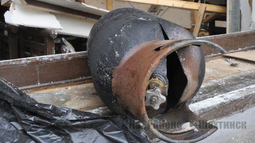 Баллон с газом взорвался в двухквартирном доме