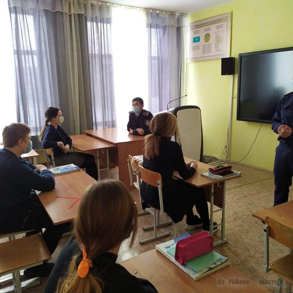 police_shakhtinsk_1872843_88758220878_7423022236711323716_n.jpg (116.53 Kb)